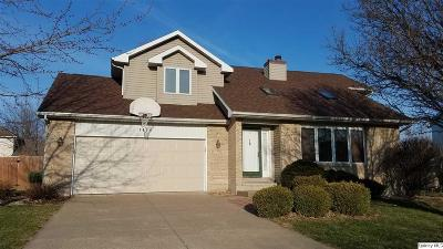 Quincy IL Single Family Home For Sale: $221,900