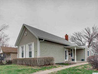 Quincy IL Single Family Home For Sale: $80,000