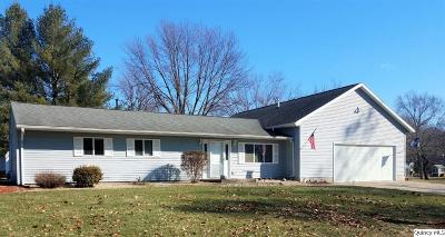 Quincy IL Single Family Home For Sale: $167,000