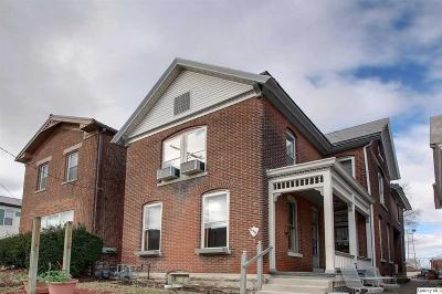 Single Family Home For Sale: 314 S 8th