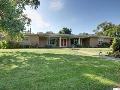Quincy IL Single Family Home For Sale: $279,900