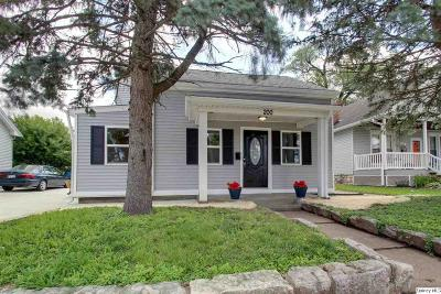 Quincy Single Family Home For Sale: 200 N 25th St
