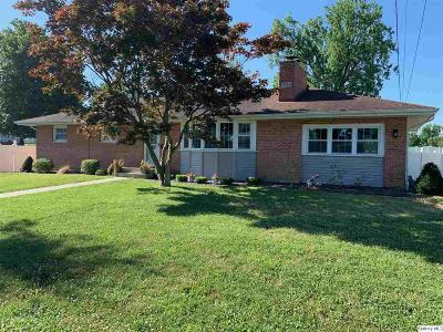 Quincy IL Single Family Home For Sale: $169,000