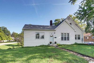 Single Family Home For Sale: 1941 Locust St.
