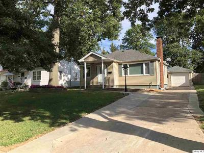 Quincy IL Single Family Home For Sale: $129,900