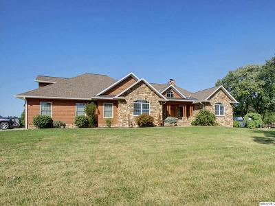 Quincy IL Single Family Home For Sale: $559,000