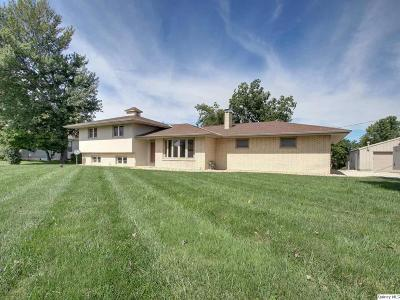 Quincy IL Single Family Home For Sale: $239,900