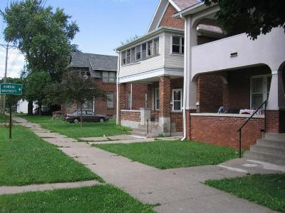 Clinton Multi Family Home For Sale: 121,123,125,131 N 5th St