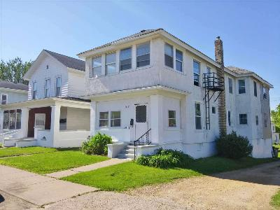 Clinton Multi Family Home For Sale: 512-514 8th Ave S