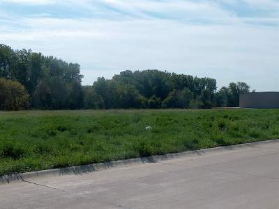 Davenport IA Residential Lots & Land For Sale: $69,000
