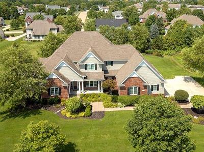 Bettendorf Single Family Home For Sale: 5096 Pigeon Creek