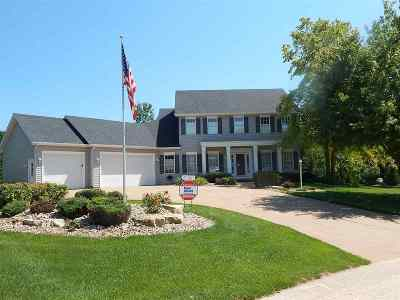 Bettendorf Single Family Home For Sale: 19492 258th