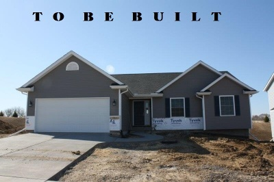 Bettendorf Single Family Home For Sale: 4341 Happiness