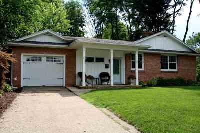 Clinton Single Family Home For Sale: 321 Thorwaldsen