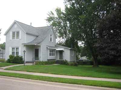 Clinton Single Family Home For Sale: 1713 N 5th