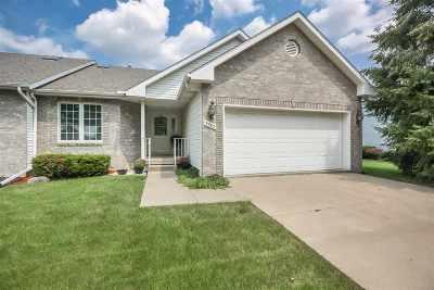 Bettendorf Condo/Townhouse For Sale: 3382 Maplecrest