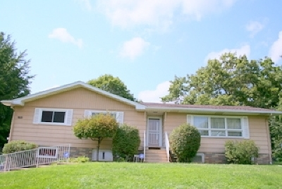 Bettendorf Single Family Home For Sale: 5610 North