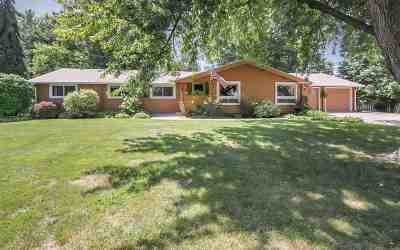Bettendorf Single Family Home For Sale: 3148 Middle Haven