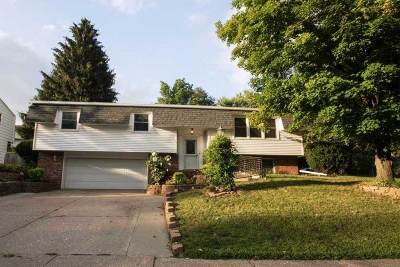 Davenport IA Single Family Home For Sale: $182,500