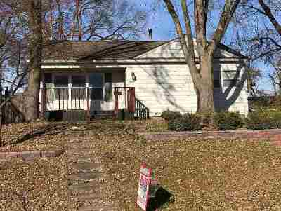 Davenport IA Single Family Home For Sale: $125,000