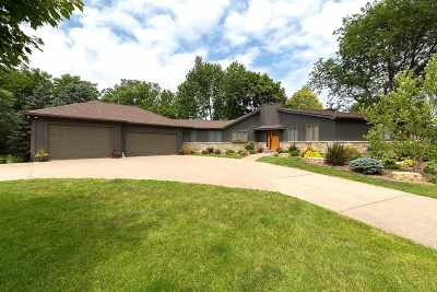 Le Claire Single Family Home For Sale: 28014 230th