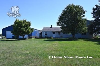 Le Claire Single Family Home For Sale: 21669 235th