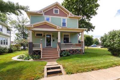 Bettendorf Single Family Home For Sale: 709 Grant