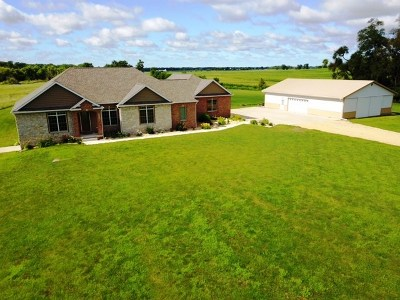 Single Family Home For Sale: 2949 262nd
