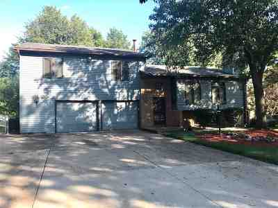 Clinton Single Family Home For Sale: 1215 N 5th