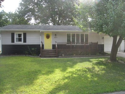 Davenport IA Single Family Home For Sale: $129,900