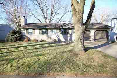 Clinton Single Family Home For Sale: 1420 Honey Lane