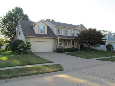 Bettendorf Single Family Home For Sale: 4928 Greystone