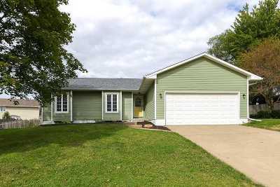 Davenport Single Family Home For Sale: 4130 W Rusholme