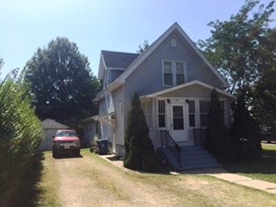 De Witt IA Single Family Home For Sale: $125,000