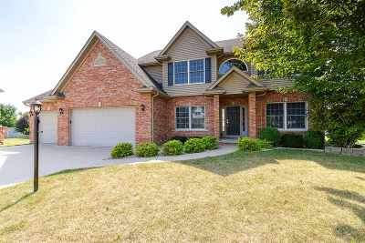 Bettendorf Single Family Home For Sale: 3061 52nd Ave Ct