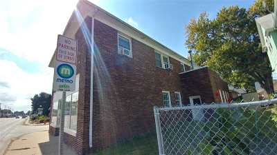 Moline IL Multi Family Home For Sale: $160,000