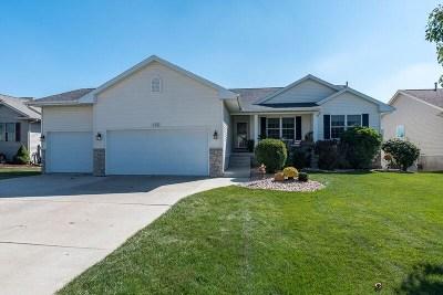 Eldridge Single Family Home For Sale: 385 W Broadmoor