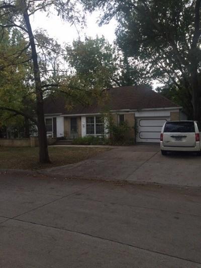Bettendorf Single Family Home For Sale: 1700 Fairmeadows