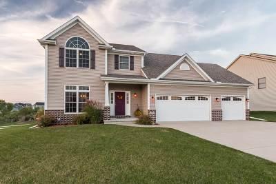 Bettendorf Single Family Home For Sale: 4202 Colorado