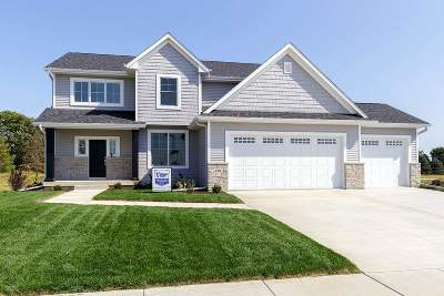 Bettendorf Single Family Home For Sale: 6702 Joseph Way