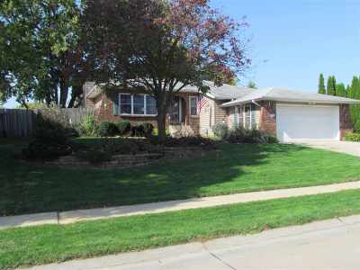 Bettendorf Single Family Home For Sale: 4282 31st