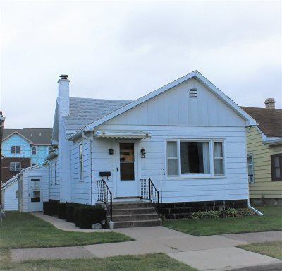 Clinton Single Family Home For Sale: 221 5th Ave N