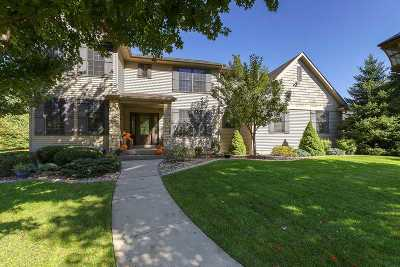 Bettendorf Single Family Home For Sale: 5346 Griffin