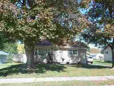 Clinton Single Family Home For Sale: 1240 N 4th