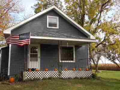 Clinton Single Family Home For Sale: 2041 NW 16th