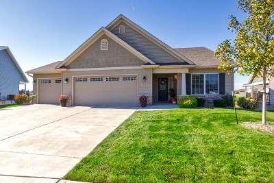 Bettendorf Condo/Townhouse For Sale: 3691 Glengevlin