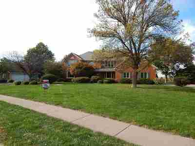 Single Family Home For Sale: 6630 James