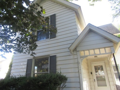 Clinton Single Family Home For Sale: 249 N 6th