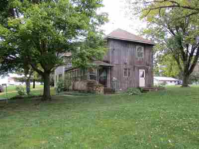Clinton Single Family Home For Sale: 2195 378th