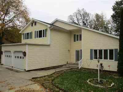 Camanche Single Family Home For Sale: 2900 Oakwood
